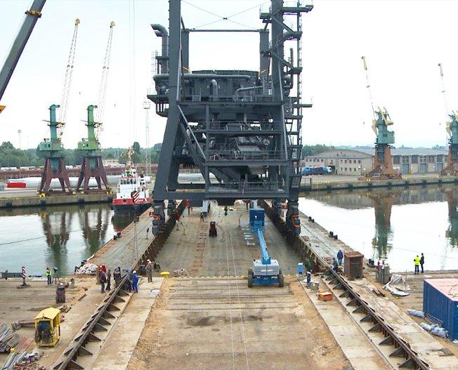 Conceptum Logistics - Zwei Schiffsbelader von Polen nach Deutschland kleiner