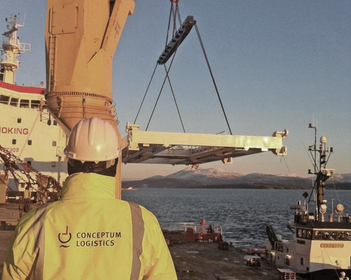 molde loading Norwegen Conceptum Logistics