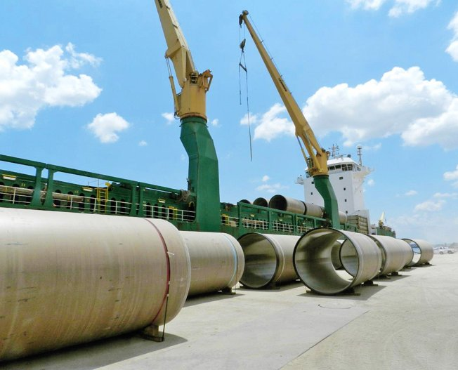 Conceptum Logistics - Pipes from Houston to Canada